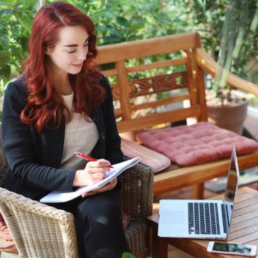 Dr. Katharina Stenger, Psychologische Onlineberatung